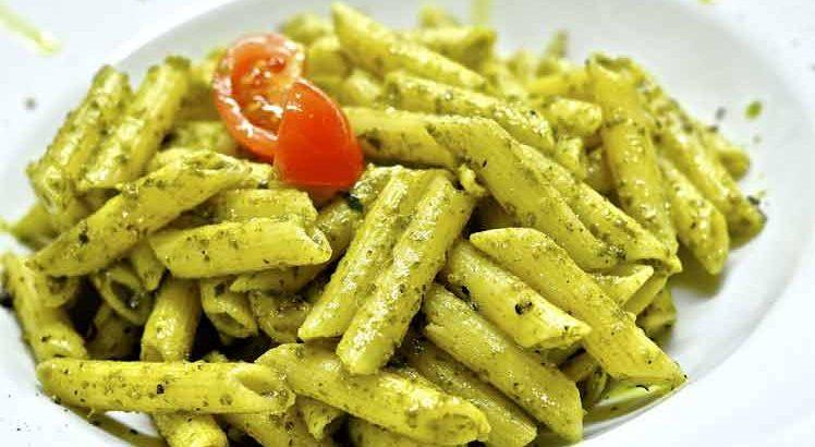 Penne Pesto met kip
